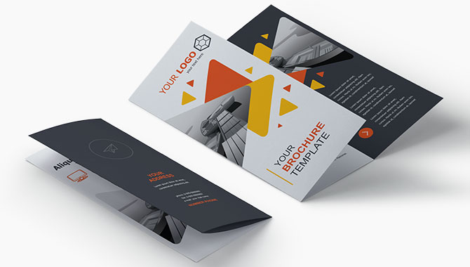 https://www.expressgraphic.com/images/products_gallery_images/brochure_3.jpg